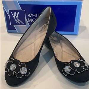 White Mountain black flats new with box size 7.5
